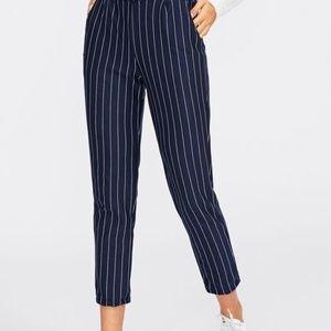 H&M capri navy striped pants Nwt